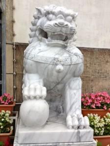 Shisa statue