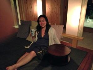 Yukari at Hoshinoya Lounge